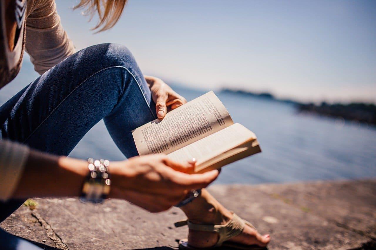 本をひたすら読む